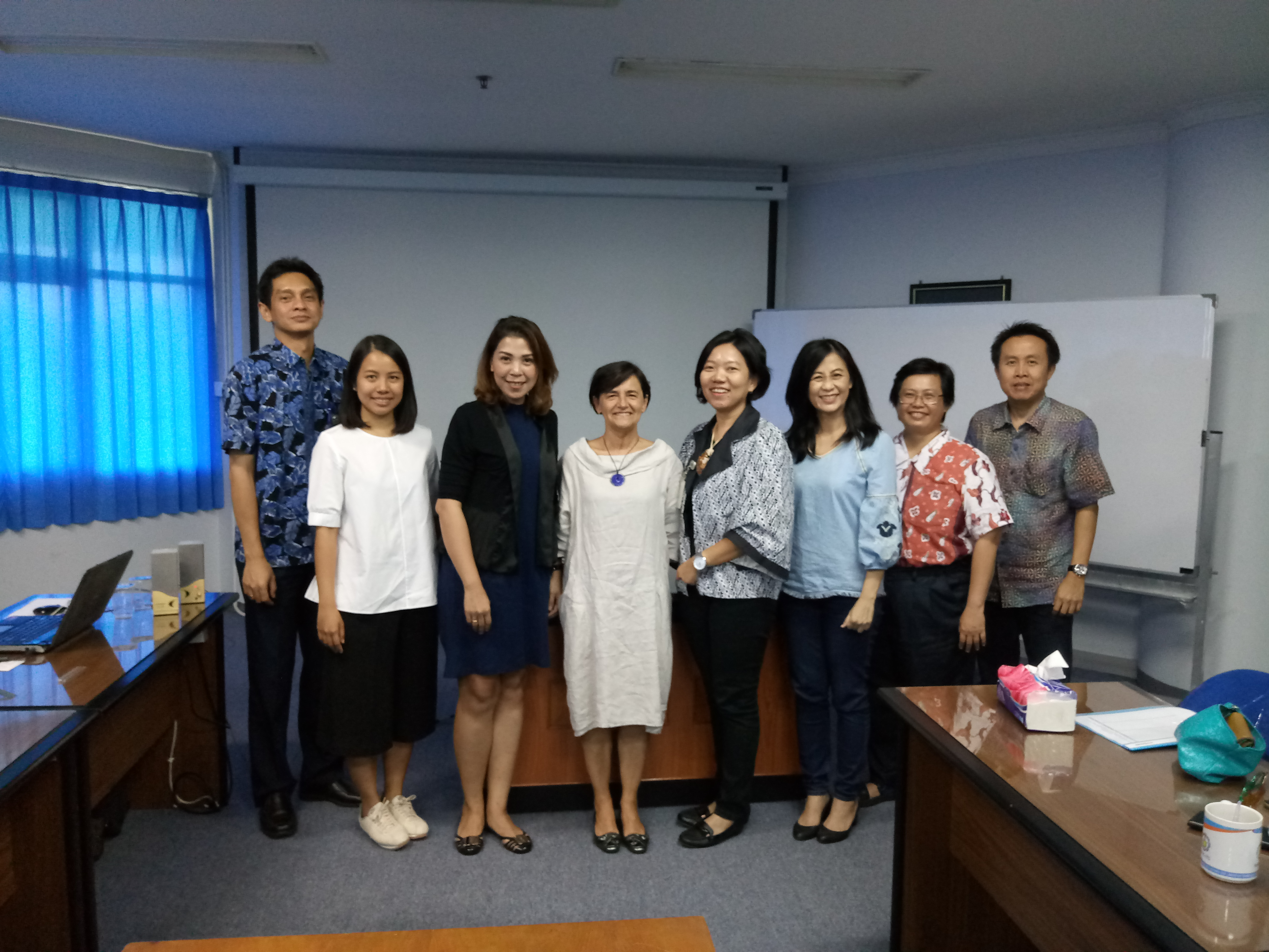 Marina at Petra University with members of the university and fashion industry.