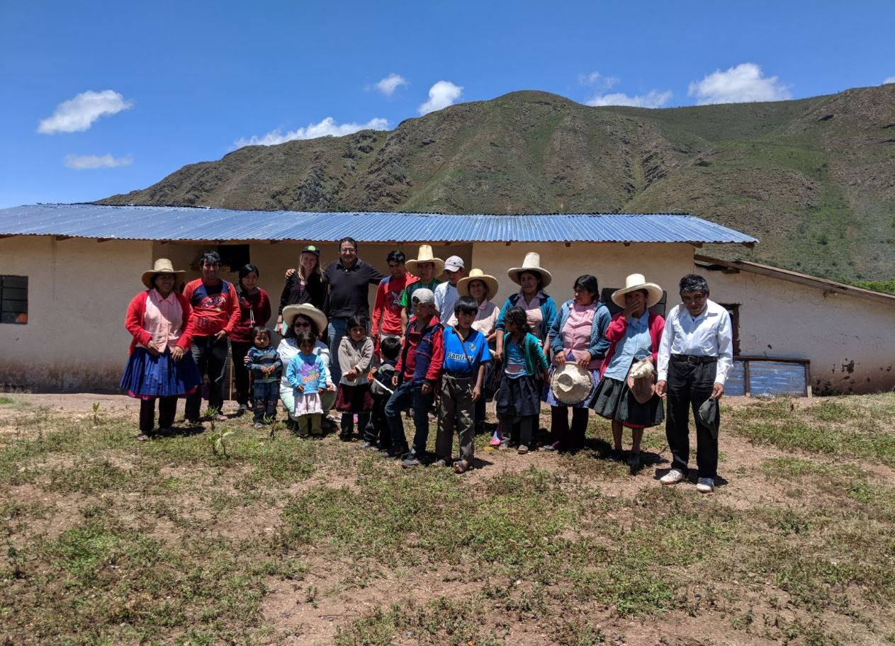 Agnes & the Team in the Community of Yahuarmarca